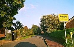 Krempel Ortsschild WT2005.jpg