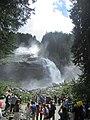 Krimmler Wasserfälle Touristen.jpg