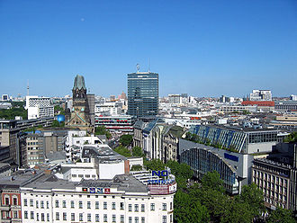 Kurfürstendamm - View over Kurfürstendamm
