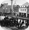 La rue Notre-Dame pendant une élection municipale.jpg