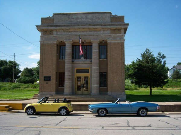 Bank Buildings In Iowa