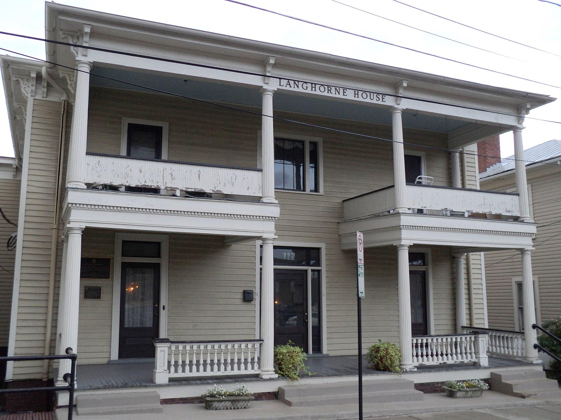 Nancy's childhood home, the Langhorne House in Danville, Virginia.