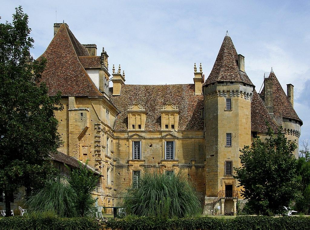 Le château de Lanquais (Dordogne, France).  (définition réelle 3547×2632)