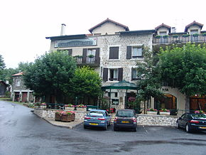Le Haut Allier, Alleyras, France.jpg