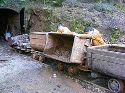 Lea Bailey Mine (13703962155).jpg
