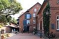 Leer - Wilhelminengang - 2Stadtbibliothek + Heinrich-Vosberg-Pad 01 ies.jpg
