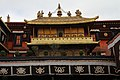 Lhasa-Jokhang-46-Innenhof-2014-gje.jpg