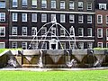 Lincoln's Inn fountain-254682690.jpg