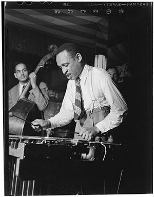 Lionel Hampton - Lionel Hampton at the Aquarium, New York, c. June 1946 (photograph: William Gottlieb)