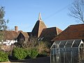 Little Pagehurst Oast, Pagehurst Road, Staplehurst, Kent - geograph.org.uk - 578541.jpg