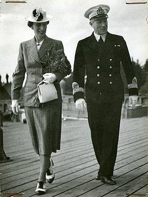 Yngve Ekstrand - The Crown Princess of Sweden and Ekstrand in 1943.