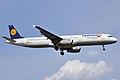 Lufthansa (Fanhansa Livery), D-AIDG, Airbus A321-231 (16269557610).jpg