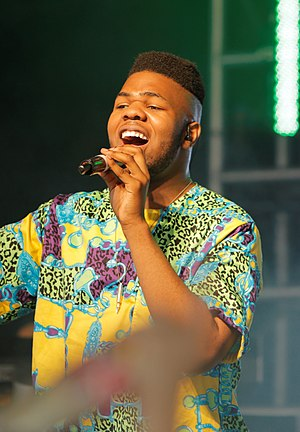 MNEK - Image: MNEK Glatsonbury Festival 2014 by neal whitehouse piper cropped
