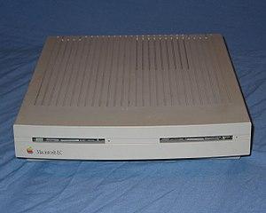 08c94568fb4 Macintosh LC (original) - front.jpg