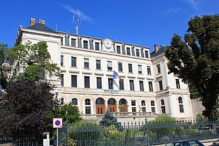 """<a href=""""http://search.lycos.com/web/?_z=0&amp;q=%22Prefectures%20in%20France%22"""">Prefecture</a> building in <a href=""""http://search.lycos.com/web/?_z=0&amp;q=%22M%C3%A2con%22"""">Mâcon</a>"""