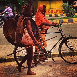 Mahima Dharma - A Mahima Alekha monk walking on a Bhubaneswar road