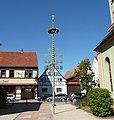 Maibaum in Altlußheim - panoramio.jpg