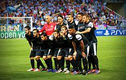 Once titular del Málaga CF en su estreno con victoria por tres a cero  frente al Zenit de San Petersburgo en Liga de Campeones. e153fb5fcb588