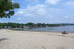 Manorhaven, New York - Manorhaven Beach