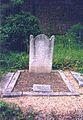 Mary Scott Hogarth's grave.jpg