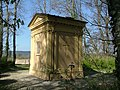 Mausoleum - panoramio (1).jpg