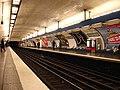 Metro Paris - Ligne 8 - Richelieu - Drouot 01.jpg