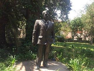 monument to Rafic Hariri