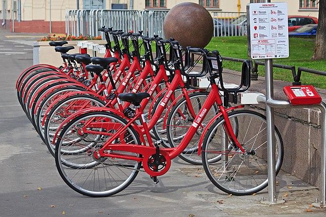 Клету вПетербурге откроют 90 велостанций