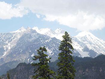 Mountains of lower HImalayan range.jpg