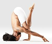 Mr-yoga-headstand-5-6.jpg