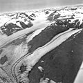 Muir Glacier, tidewater glaciers, hanging glaciers, and glacial remnents, August 25, 1968 (GLACIERS 5703).jpg