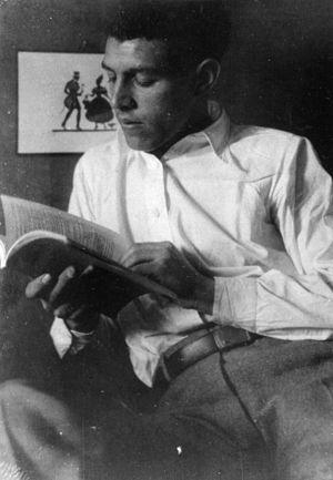 Munio Weinraub - Munio Weinraub at Bauhaus school, Germany 1930