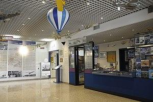 Museo dell'Aeronautica Gianni Caproni entrance hall.JPG