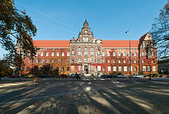 National Museum, Wrocław - National Museum in Wrocław, central branch near the river Oder