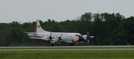 Scientific Development Squadron ONE (VXS-1) NP-3D Orion. NRLP3 landing.JPG