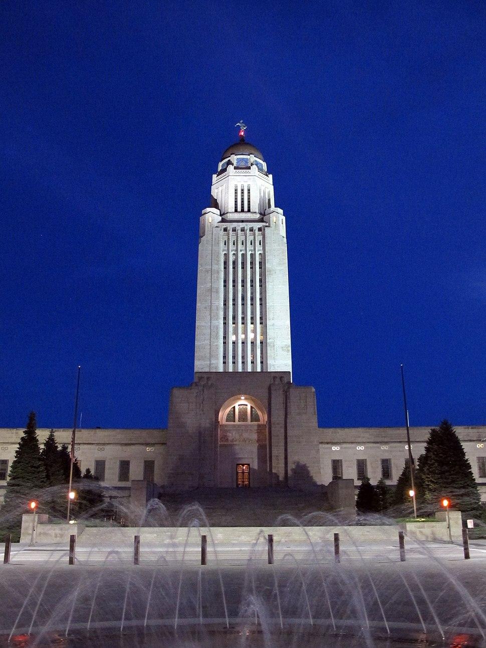 Nebraska State Capitol (at night, 2016), Lincoln, Nebraska, USA