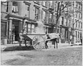 New York City)- Horse-drawn ash cart LCCN2005680937.jpg