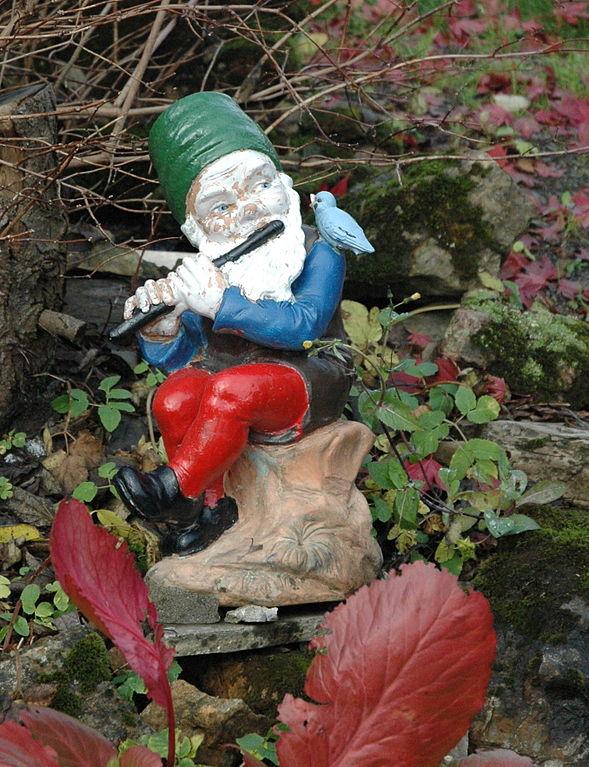 File Norwegian Garden Gnome Jpg Wikimedia Commons