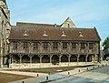 Noyon Bibliothèque du Chapitre R01.jpg