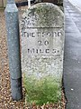 Old Milestone - geograph.org.uk - 1166777.jpg
