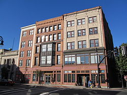 Olmsted-Hixon-Albion Block, Springfield MA.jpg