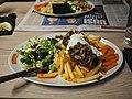 Onion steak at Momento Itis.jpg