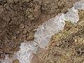 Opatovice (Červené Pečky), led v poli.JPG