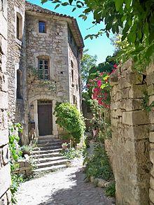 Oppède - достопримечательности Прованса, вокруг Русильона