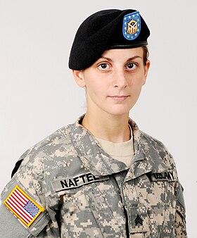 568f6b1d544cc Army Sergeant wearing the standard black beret