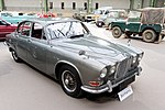 Paris - Bonhams 2017 - Jaguar 420G berline - 1969 - 003.jpg