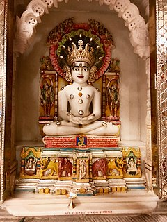Śvētāmbara one of the two main sects of Jainism