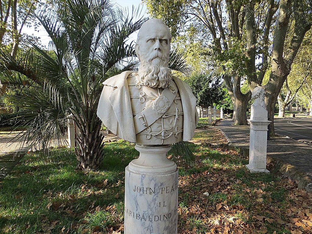 Buste des officiers de Garibaldi sur la colline du Janicule à Rome. Photo de Mister No