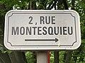 Plaque 2 rue Montesquieu Fontenay Bois 2.jpg