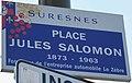 Plaque place Jules-Salomon, Suresnes.jpg